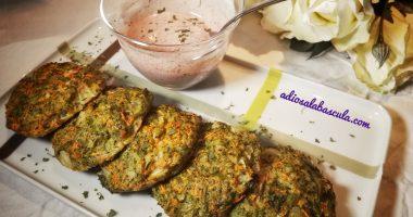 Tortitas de brócoli y zanahoria