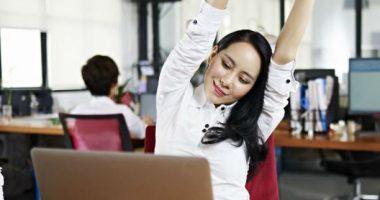 Seis ejercicios que puedes hacer en el trabajo